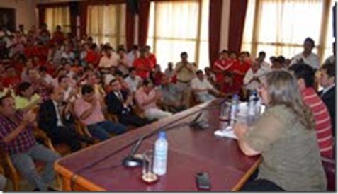 reunión con dirigentes de paraguari